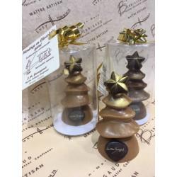Moulages de Noël en chocolat garnis